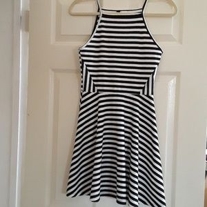 H & M young girl dress.